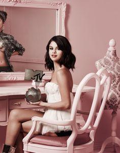 Selena Gomez  «MTV EMA» 2011