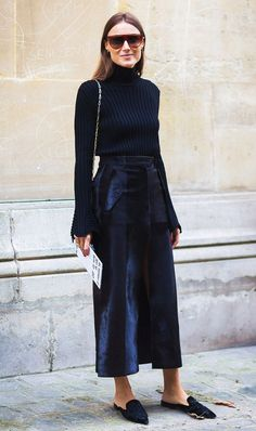 25 Brilliant Image of Cozy Winter Work Outfits For Women . Cozy Winter Work Outfits For Women 10 Easy Winter Outfit Ideas You Can Wear To Work Who What Wear All Black Outfits For Women, Winter Outfits For Work, Simple Outfits, Clothes For Women, Outfit Winter, Stylish Outfits, Spring Outfits, How To Wear Turtleneck, Ribbed Turtleneck