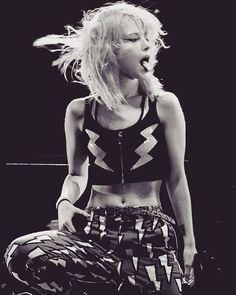 Goodnight  #paramore #hayleywilliams
