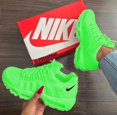 13 Brilliant Gym Shoes For Women Ideas 4 Capable Tips New Balance Shoes Suede jordan shoes style Balenciaga Shoes Dupe chanel shoes spring Adidas Shoes Kids Cute Sneakers, Sneakers Mode, Sneakers Fashion, Fashion Outfits, Balenciaga Shoes, Chanel Shoes, Kid Shoes, Me Too Shoes, Prom Shoes