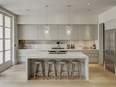 this Kitchen layout exactly! The Most Drop-Dead-Gorgeous Kitchens You've Ever Seen via Kitchen Living, New Kitchen, Kitchen Island, Country Kitchen, Vintage Kitchen, Kitchen Interior, Kitchen Decor, Kitchen Ideas, Modern Kitchen Layouts