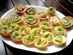 Mini Fruit Tarts, Custard, Kiwi, Healthy Snacks, Baking, Desserts, Food, Bread Making, Chowder