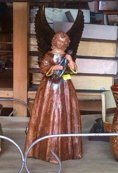 Angel de 12 pulgadas.Q 90.00