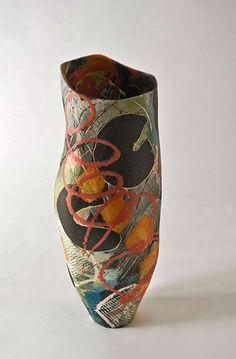 8 Warm Clever Hacks: Red Ceramic Vases old vases mason jars.Wall Vases Entry Ways greek vases posts. Raku Pottery, Pottery Sculpture, Thrown Pottery, Slab Pottery, Ceramic Sculptures, Ceramic Pots, Ceramic Clay, Modern Ceramics, Contemporary Ceramics