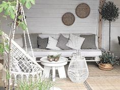This way you prepare the garden for spring! - It is still cold … but spring is on its way! It is time to make chang - Outdoor Landscaping, Backyard Patio, Outdoor Gardens, Beach Gardens, Summer House Interiors, Small Balcony Decor, Bohemian Interior, Outdoor Furniture Sets, Outdoor Decor
