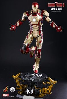Hot Toys : Iron Man 3 - Mark XLII (Deluxe Version) 1/4th scale Collectible Figure