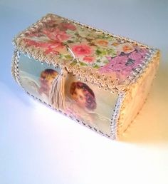 Vintage Greeting Card Box Shabby Roses and by AlchemyMosaics, $42.00