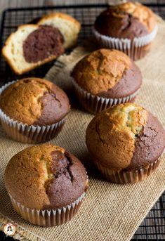 gingerbread mug cake Cupcakes, Mini Desserts, Dessert Recipes, Apple Cinnamon Muffins, Mini Muffins, Sweet Cakes, I Love Food, Food And Drink, Yummy Food