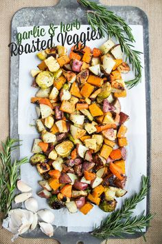 Garlic & Herb Roasted Veggies - the easiest and most versatile weeknight side dish  | healthy side dishes | easy roasted veggies | easy side dishes | healthy vegan recipes |