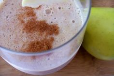 healthy Apple Pie Protein Smoothie ~ it's like apple pie in a glass!