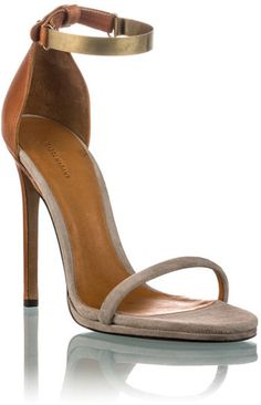 Isabel Marant ~ Amelia Sandals - nude with a hint of gold. ( I have to have these plz!)