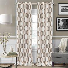 Fantastisch Valdovinos Geometric Blackout Grommet Single Curtain Panel