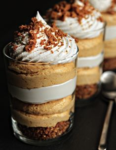 Simple Pumpkin Cheesecake Trifle - This would be great using Midel GF gingersnaps! I love FALL just for all the delicious pumpkin treats. Cheesecake Trifle, Pumpkin Cheesecake, Pumpkin Trifle, Pumpkin Mousse, Pumpkin Puree, Pumpkin Dessert, Cheesecake Recipes, Spiced Pumpkin, Pumpkin Spice