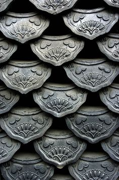 sweet dream lostinpattern: Roof tiles in Insadong, Seoul, South Korea. Photograph by Jon Hill. Roof Tiles, Wall Tiles, House Tiles, Chinese Architecture, Architecture Details, Architecture Board, Jon Hill, Seoul, Culture Art
