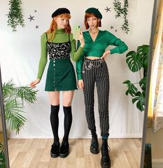Giving biG Slytherin energy today 💚🐍💚 - Sooo. we looked this up the other day and turns out one of us actually is a Slytherin lol, guess… Retro Outfits, Stylish Outfits, Vintage Outfits, Cool Outfits, Vintage Fashion, Fashion Outfits, Fashion Trends, Ootd Fashion, Grunge Style
