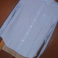 019 Camisa Dockers - Pantalón Dockers.