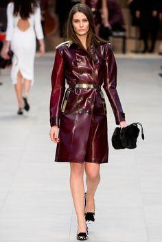 Burberry Fall 2013 Ready-to-Wear Fashion Show - Charlotte Wiggins