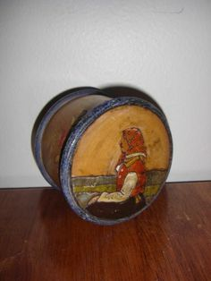 Antique Russian Carved Hand Painted Wooden Wood Round Box Folk Art Scene 5