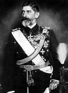 King Ferdinand i of Romania Ferdinand, Romanian Royal Family, Brasov Romania, Court Dresses, Under The Stars, King Queen, Reign, Marie, Georgia