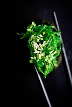 Editorial sushi photography for Četras Sezonas magazine. Japanese Street Food, Japanese Food, Food Photography Styling, Food Styling, Sushi Donuts, Catering Design, Lithuanian Recipes, Asian Tea, China Food
