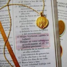 medallon de la mujer virtuosa - Buscar con Google