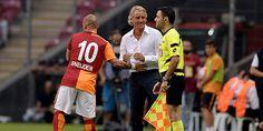 """""""Sneijder Inter'e dönmek istiyor"""""""