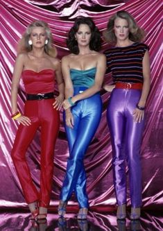 Charlie's Angels 1979 - Cheryl Ladd, Jaclyn Smith Shelley Hack Pinning for the disco pants! Cheryl Ladd, Moda Disco, Jaclyn Smith, Disco Hose, At The Disco, Disco 80, Disco Ball, Look 80s, Looks Party