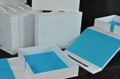 Design Firm Presentation Boxes: Custom Clamshell Boxes with Handles
