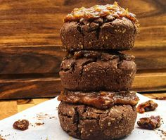 Here& a delicious recipe for Choc Caramel Volcano Cookies. On the 28 Day Weight Loss Challenge, these cookies are the perfect indulgence! Healthy Mummy Recipes, Healthy Sweet Treats, Healthy Dessert Recipes, Healthy Desserts, Sweet Recipes, Yummy Treats, Baking Recipes, Cake Recipes, Snack Recipes