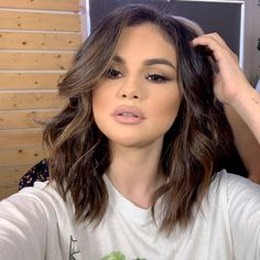 Selena Gomez Hairstyles Jennifer Lawrence - My Website 2020 Selena Gomez Outfits, Selena Gomez Short Hair, Selena Gomez Makeup, Selena Gomez Photoshoot, Selena Gomez Style, Selena Gomez Hair Color, Selena Gomez Hairstyles, Selena Gomez Pelo Corto, Medium Hair Styles