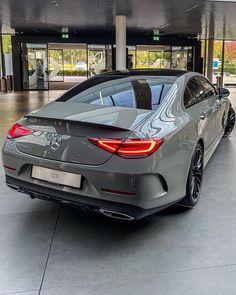 Mercedes Benz Autos, Mercedes Benz Cars, Fancy Cars, Cool Cars, My Dream Car, Dream Cars, Benz Amg, Lux Cars, Pretty Cars