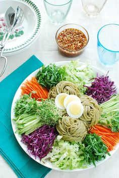 Jaengban Guksu (Korean Cold Noodles and Vegetables) 쟁반 국수