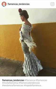 Spanish Fashion, Spanish Style, Spanish Wedding, Vintage Havana, Boho Fashion, Womens Fashion, Modest Dresses, Night Gown, What To Wear