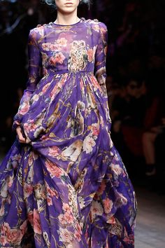 Owls and roses at Dolce & Gabbana Fall 2014 RTW? Um ok.