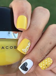 Summer Love Nails. Yellow white and black. These nail art is so cute. It reminds me of a bumble bee.