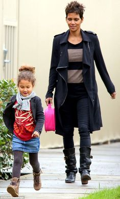 Halle - recreate her style with  @CAbi Clothing othing CAbi fall '13 Moto jegging or Ricky legging  CAbi fall '13 Wide Stripe Tee and top it with the amazing CAbi fall ' 13 Owens Jacket  www.cabionline.com