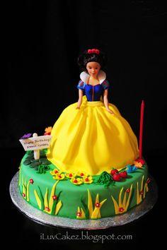 ILuv Cakez Snow White Doll Cake Emma Isabels 1st Birthday