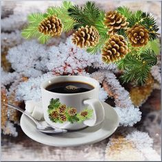 Good Morning Coffee, Coffee Break, My Coffee, Mini Desserts, Tea Gif, Spiced Coffee, Christmas And New Year, Tea Cups, Food And Drink