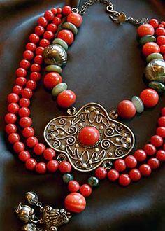 gretchen shields jewelry  | 2003 SF Open Studios - Week 3, Oct. 18th & 19th