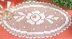 Roses Au Crochet, Art Au Crochet, Crochet Books, Crochet Home, Crochet Doily Diagram, Filet Crochet, Crochet Patterns, Crochet Placemats, Crochet Doilies