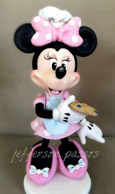 Mickey Mouse Gifts, Mickey And Minnie Cake, Mickey Cakes, Minnie Mouse Cake, Mickey Minnie Mouse, Minnie Mouse Birthday Theme, Disney Cake Toppers, Polymer Clay Disney, Disney Figurines