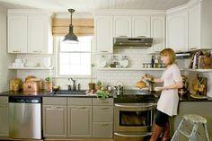 Two Tone Kitchen Cabinets - Cottage - kitchen - Farrow & Ball Lime White - Urban Grace Interiors Two Tone Kitchen Cabinets, Upper Cabinets, Painting Kitchen Cabinets, Kitchen Paint, Kitchen Redo, Kitchen Dining, Gray Cabinets, Kitchen Ideas, Kitchen Cabinetry