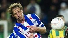 Michel Breuer - Misschien wel de meest verguisde speler in het shirt van sc Heerenveen. Een harde werker, tomeloze inzet, maar technisch soms wat onbeholpen. Deze kenmerken maakten hem al lang een cultheld en hij wist het zelfs tot aanvoerder van sc Heerenveen te schoppen.