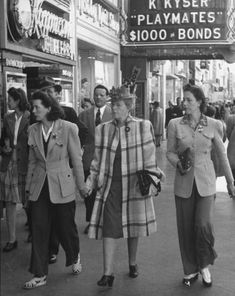 Vintage Streetstyle: the 1940's - Page 6 - the Fashion Spot