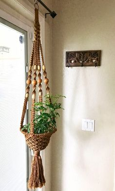Your place to buy and sell all things handmade Rope Plant Hanger, Macrame Plant Holder, Pot Hanger, Macrame Design, Macrame Art, Macrame Projects, Macrame Wall Hanging Patterns, Macrame Patterns, Hanging Plants