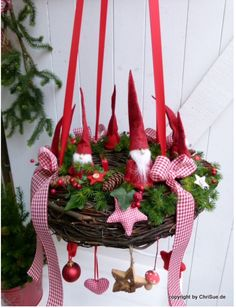 Great ChriSue online shop article gnome wreath to hang Great ChriSue online shop article gnome wreath to hangAdvent wreath ideas in favor of Float Holzdeko ♡ Wedding ♡. Swedish Christmas, Scandinavian Christmas, Winter Christmas, All Things Christmas, Christmas Home, Christmas Wreaths, Christmas Crafts, Merry Christmas, Christmas Ornaments