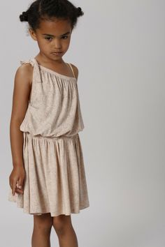 beautiful simplicity. #girls #fashion