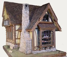 Karin Corbin Miniatures: 1:12 fireplace from real stone