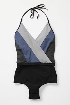 such an adorable swimsuit.  if only i had somewhere to wear one.
