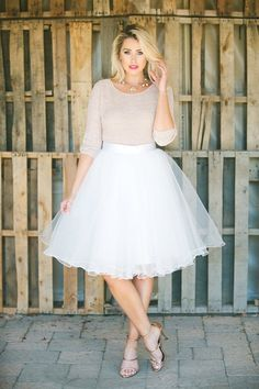 This ultra chic tulle skirt can be dressed up or down for any occasion with a basic cotton tee or a beautiful lace blouse. White Tulle Skirt, Tulle Skirts, White Skirts, Tulle Dress, Dress Skirt, Dress Up, Midi Skirt, Tulle Tutu, Dance Outfits